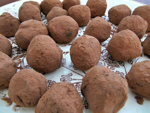 File:Home-made-truffles.jpg